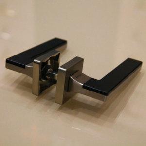 Фурнитура System Furniture LARISSA SQ NBM/NBM/AL6